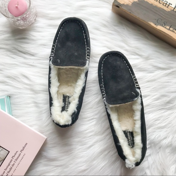 06918b1c591 KOOLABURRA by UGG Lezly Suede Slippers Black 8 NWT